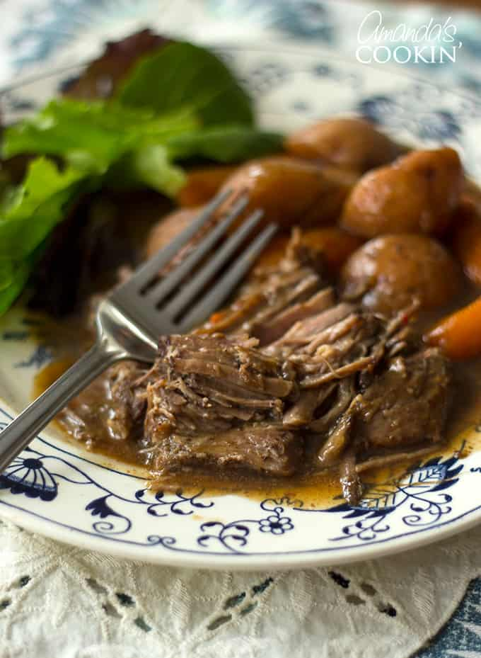 As I mentioned before, you can make this crockpot roast with or without vegetables. The instructions remain the same. If I'm not making vegetables with it, I'll just line the bottom of the Crockpot with sliced onions then place the meat on top.