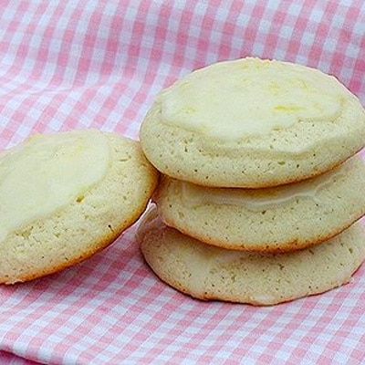 stack of lemon cookies