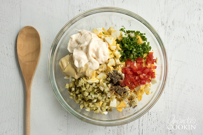 Combine all egg salad ingredients and mix to coat