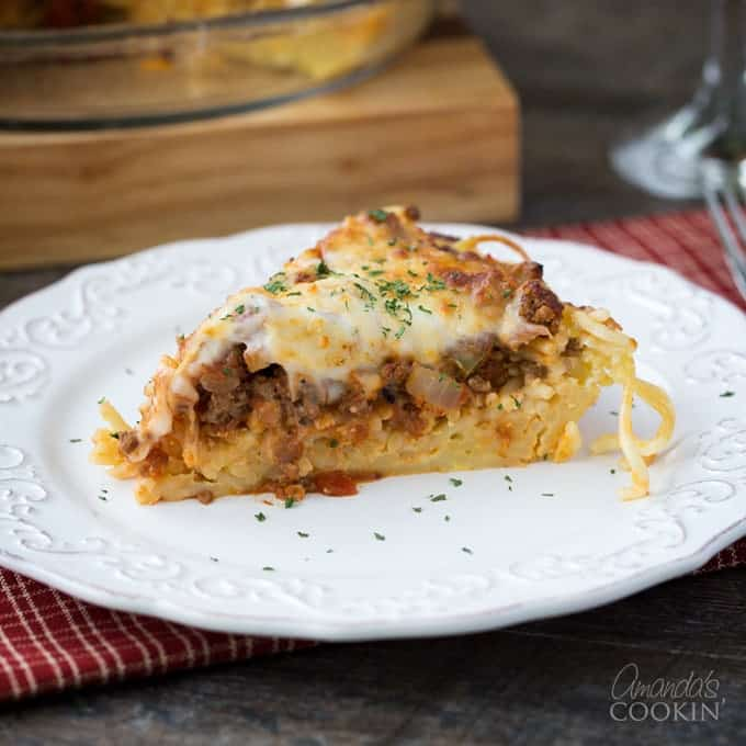 Comfort food to the max! This Spaghetti Pie is a super easy and classic meal that everyone will enjoy!