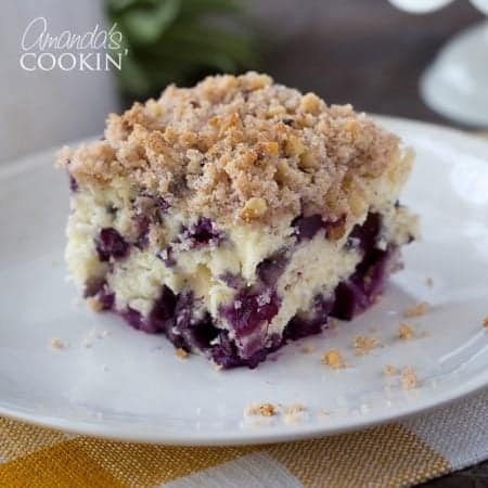 This blueberry breakfast cake is jam-packed with flavor! Delicious blueberries make this breakfast one to come back to again and again.