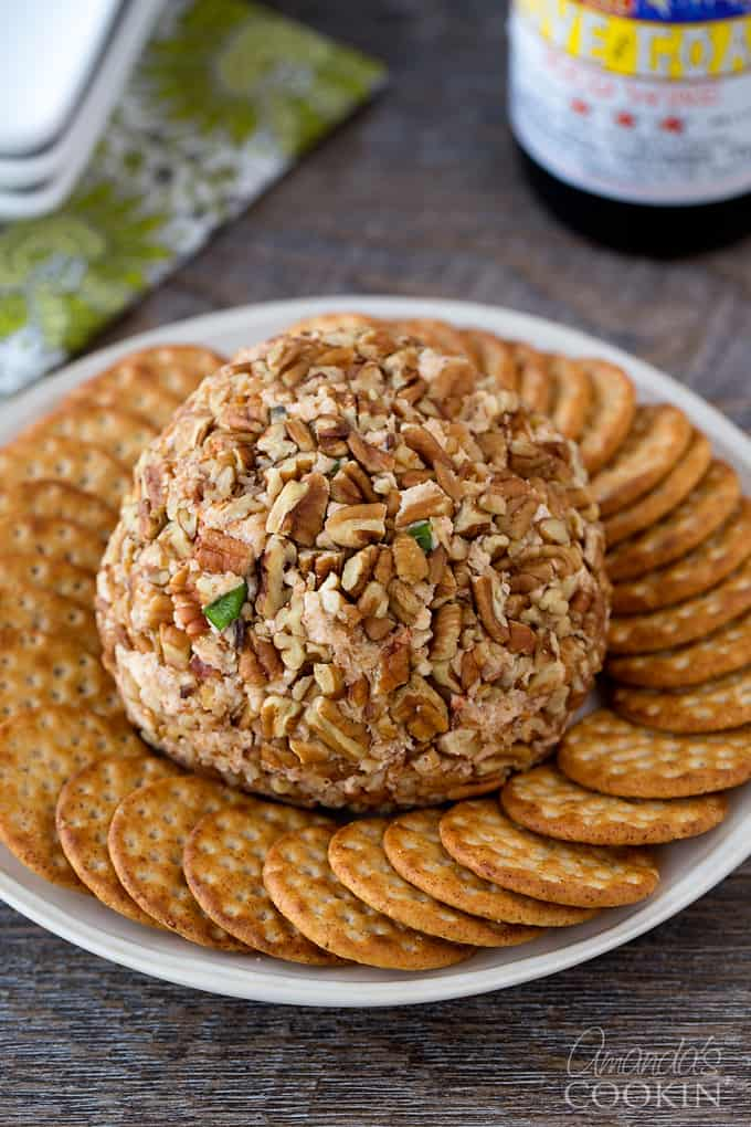 Not only does this cheese ball taste great, it looks marvelous as well.