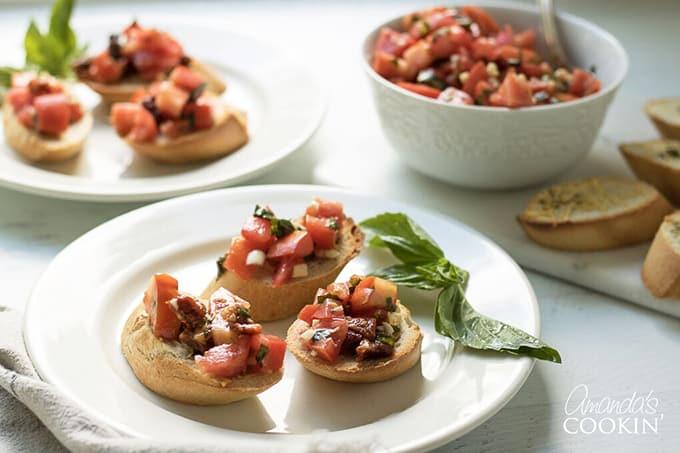 Fresh homemade bruschetta- an Olive Garden Copycat recipe!
