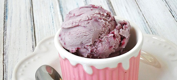 vanilla ice cream recipe - Vanilla Blackberry Jam Ice Cream