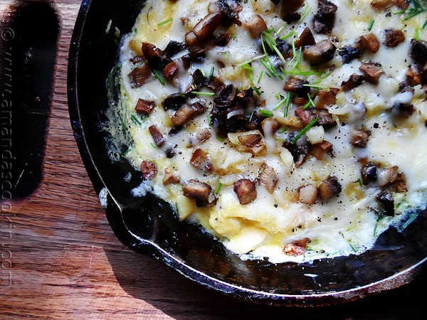 Sweet Garlic, Mushroom and Mozzarella Omelet for One