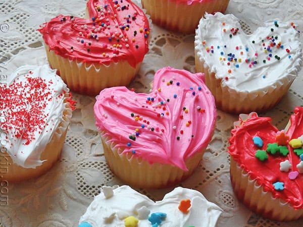 Valentine Heart Cupcakes1