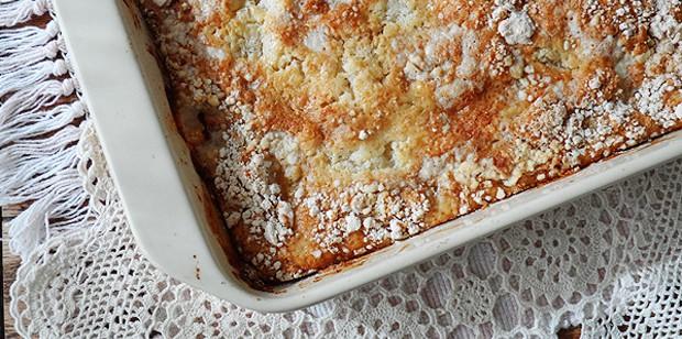3 Ingredient French Vanilla Peach Cobbler