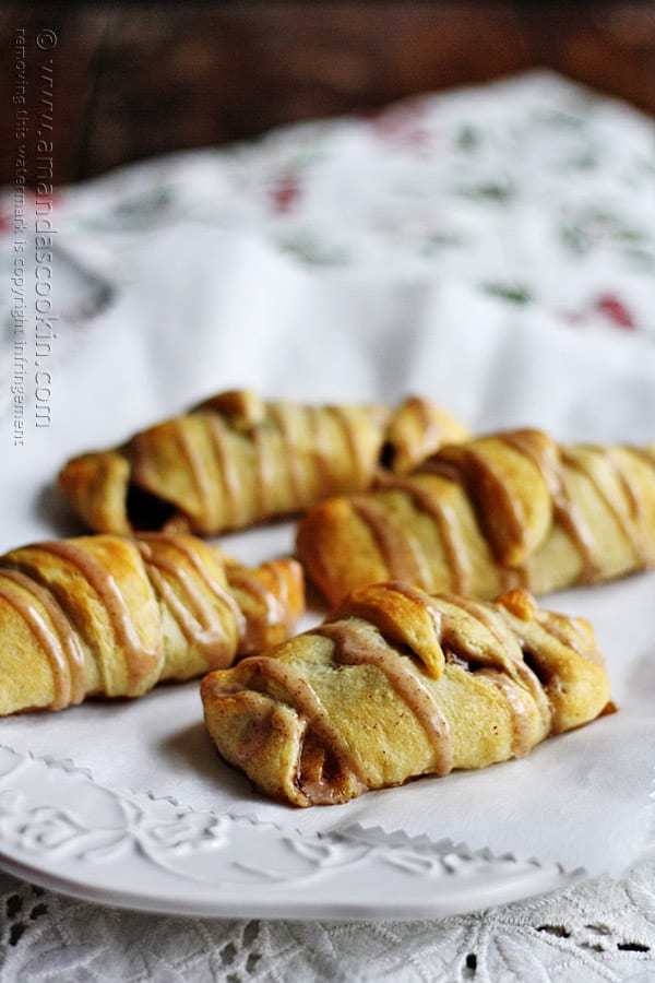 Apple Cranberry Pocket Pies @amandaformaro Amanda's Cookin'