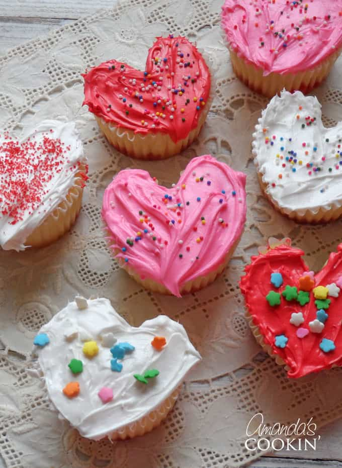 Valentine's Day Heart Cupcakes- Valentine Cupcakes!