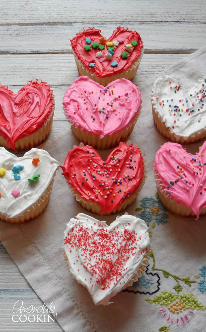 How to make heart shaped cupcakes for Valentine's Day