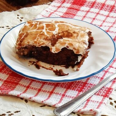 Can't wait to try this Cracker Barrel Coke Cake copycat!