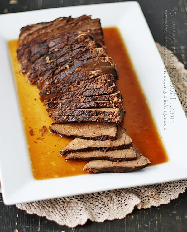 I cannot WAIT to try this slow cooker roast this weekend, doesn't it look delicious!?