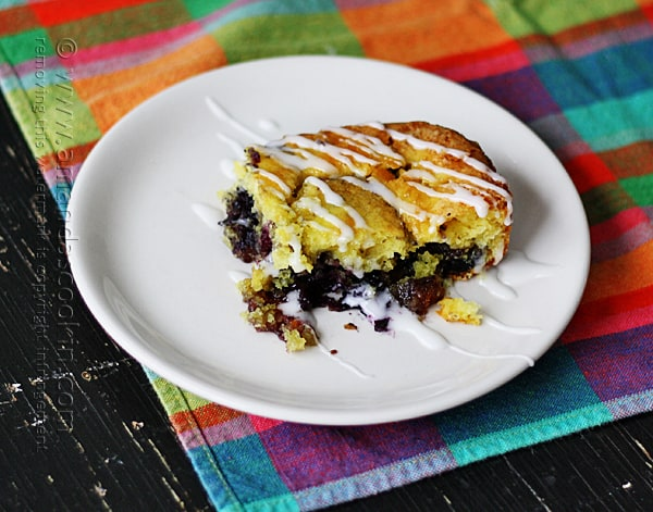 I wish I had a slice of this Lemon Blueberry Cake from Amanda's Cookin' right now!