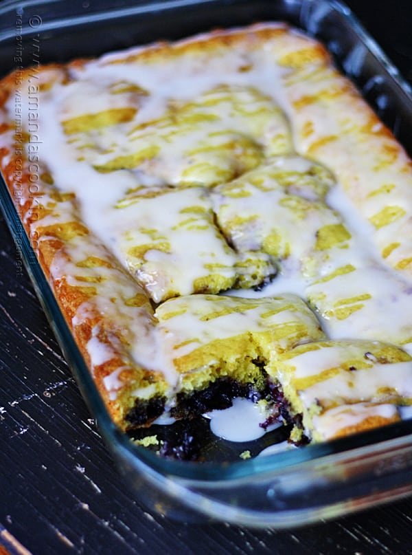 Yep. This lemon blueberry cake is definitely on my agenda for this week!