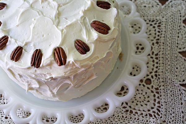 Recipe for Hummingbird Cake on Amanda's Cookin'