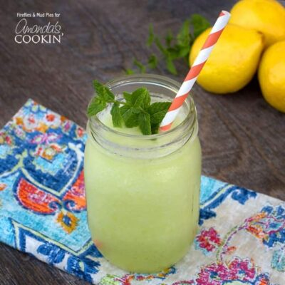 No one, not even kids, will be able to resist this sweet Honeydew Lemon Slush. It's such a refreshing drink for summer and perfect for cooling off.No one, not even kids, will be able to resist this sweet Honeydew Lemon Slush. It's such a refreshing drink for summer and perfect for cooling off.