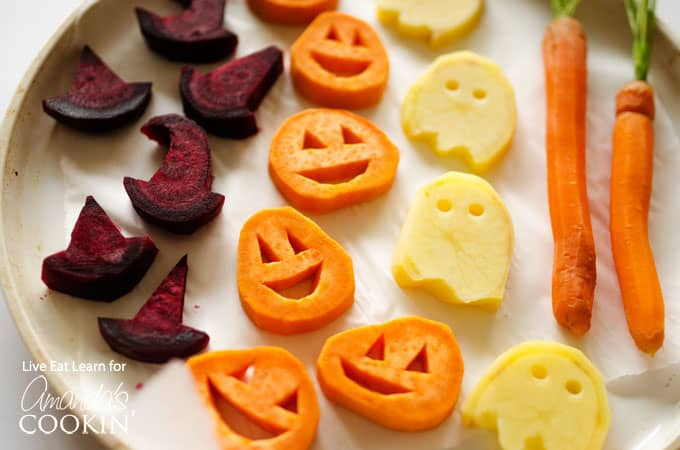Here's a great way to get your little ghouls and goblins to eat their veggies. Serve up some fun roasted Halloween vegetables and they'll gobble them up!