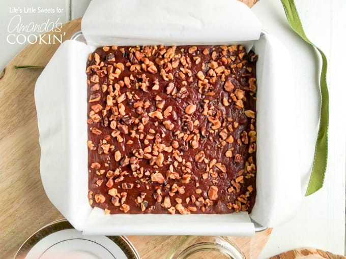 This chocolate walnut fudge is perfectfor your guests!