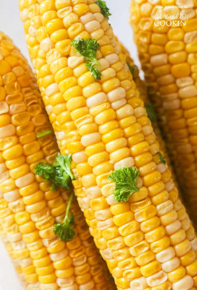 A close up of corn on the cob.