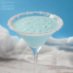 This Blended Frostbite Cocktail is great for a New Years Eve party and the perfect snowy drink.