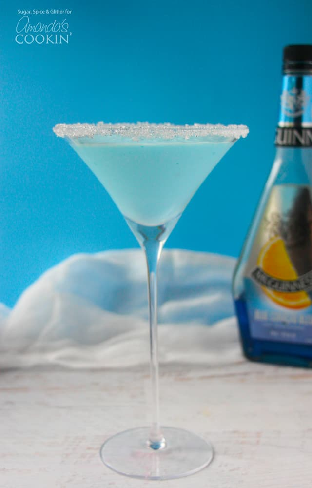 This blended frostbite martini is perfect for a winter get together!