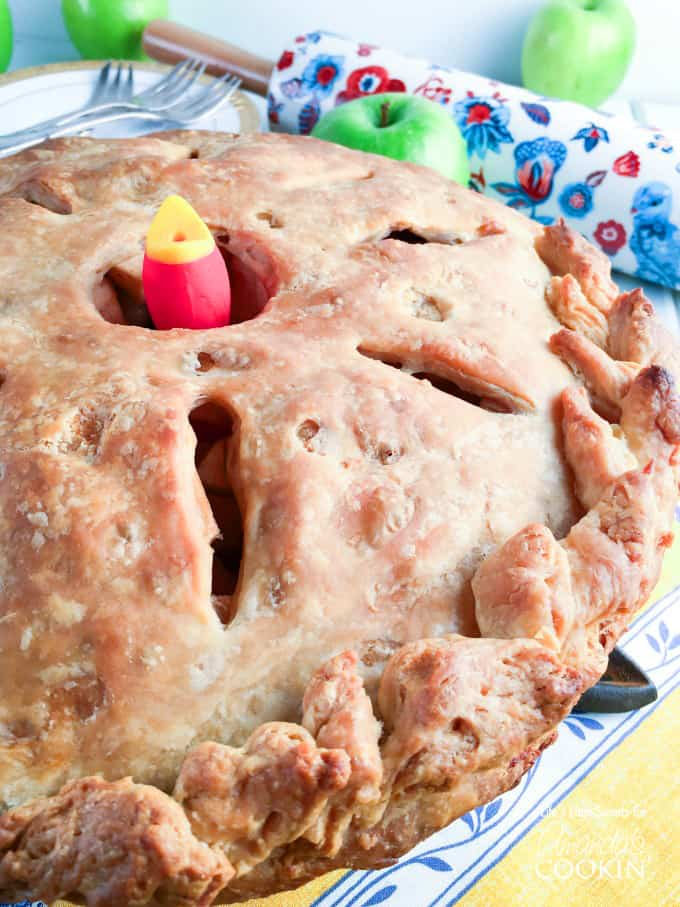 How to make homemade apple pie from scratch