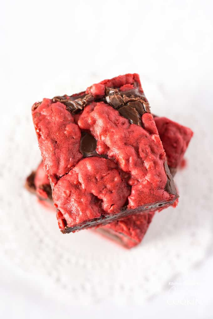 Red Velvet Oatmeal Fudge Bars - perfect for Valentine's Day