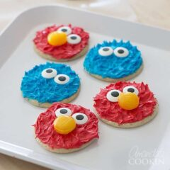 How to make adorable Cookie Monster and Elmo Cookies!