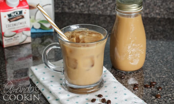 How to make vanilla iced coffee at home