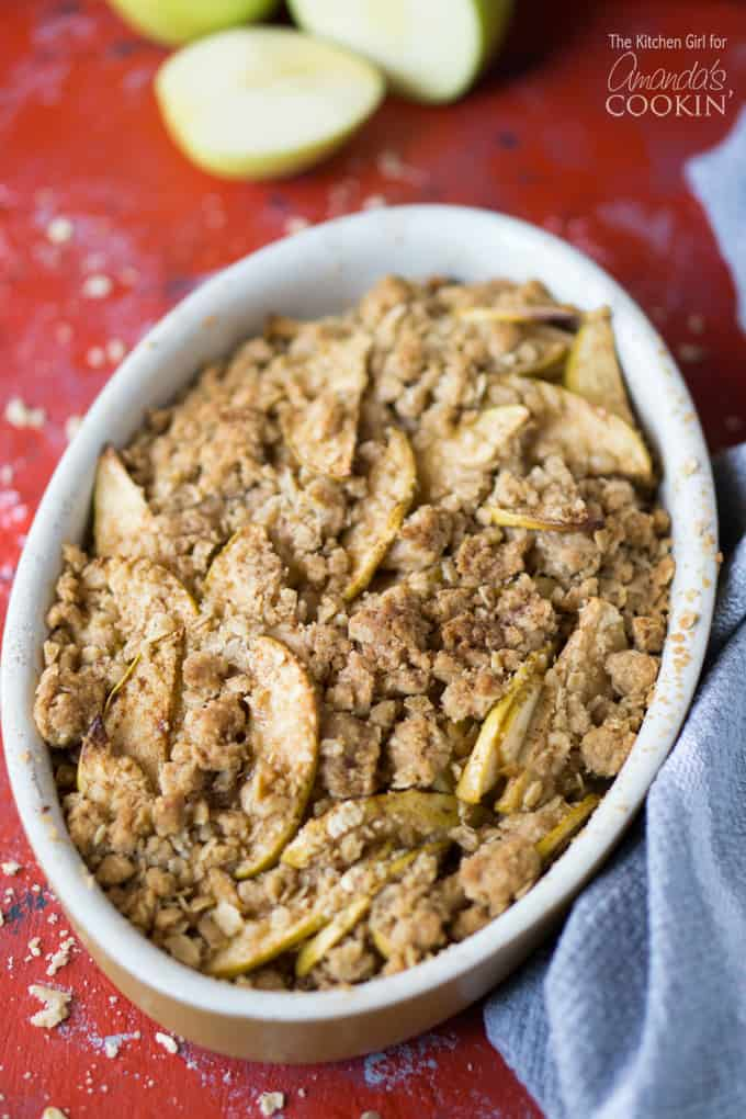 A fall dessert like no other, apple crisp!