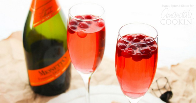 Cranberry Prosecco Punch A Fun Cocktail That S Perfect