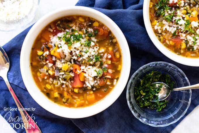 This vegetable soup has simple veggies like leeks, carrots, spinach, corn, and tomatoes simmer just until the rice is tender and all of it cooks in just one pot. This one-pot vegetable rice soup is the perfect antidote for holiday season over-indulgence.