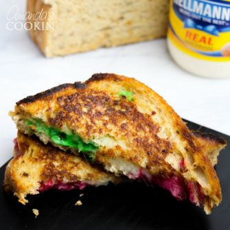 This festive grilled cheese will be a crowd-pleaser. By adding a bit of holiday pizzazz it can be the perfect easy entertaining option.