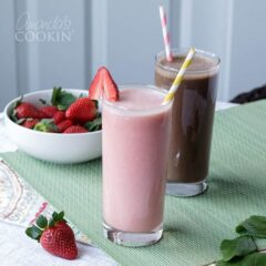 Make delicious vegan smoothies, yes all dairy free!