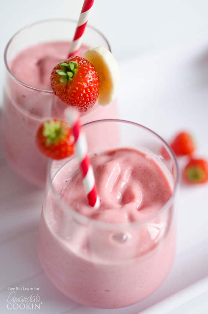strawberry banana smoothie with straws