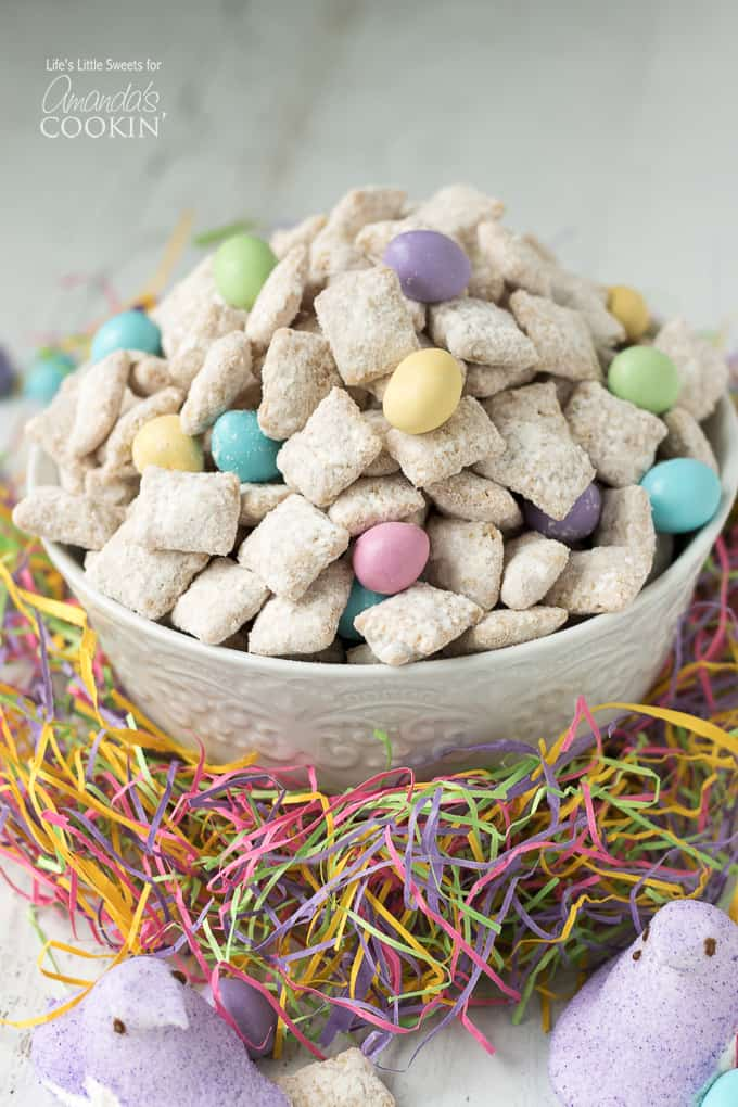 Easter Muddy Buddies/Easter Puppy Chow recipe