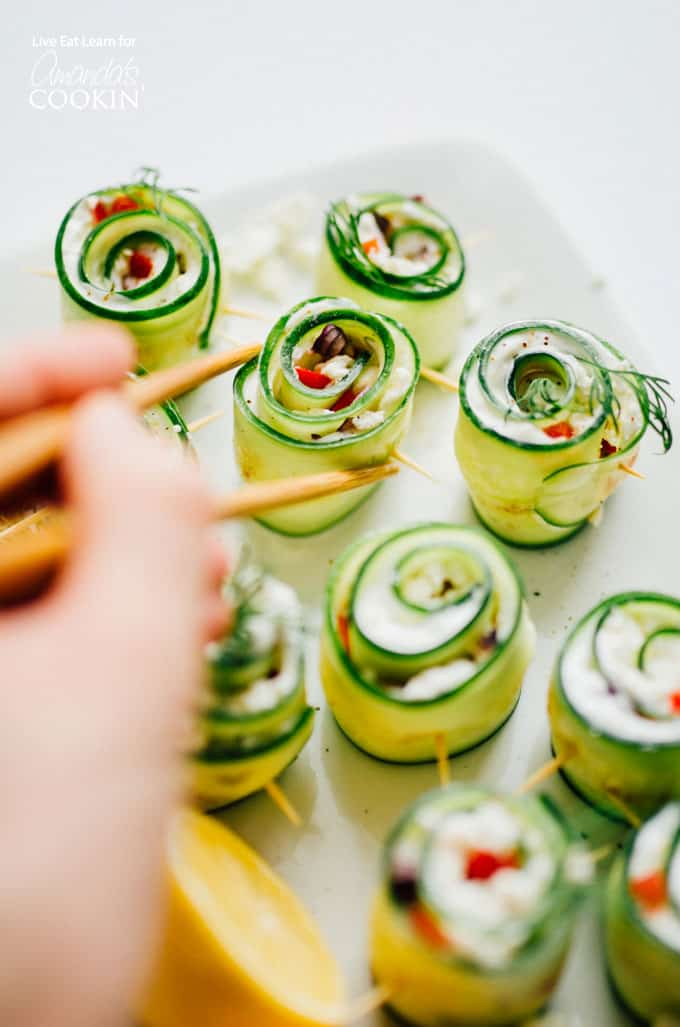 The perfect summer appetizer for any party: Greek Salad Sushi!
