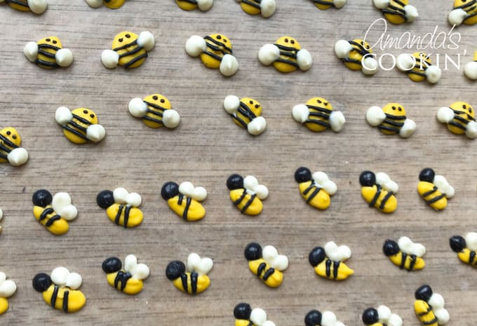 candy melt bee cupcake toppers