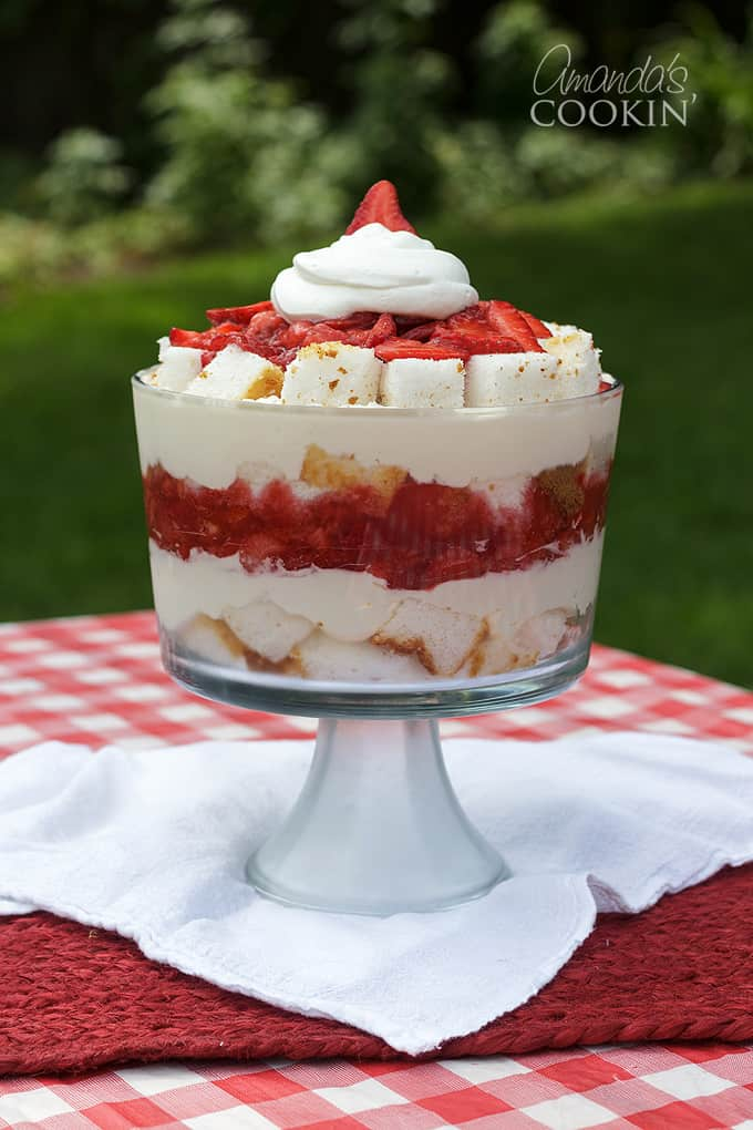 strawberry shortcake trifle on picnic table
