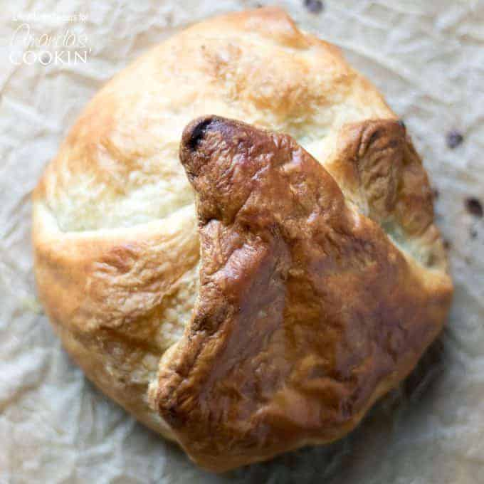 Baked Brie Loaf square photo