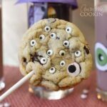 Monster Eyeball Cookie Pops