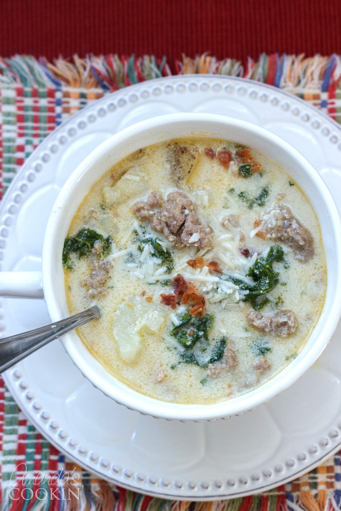 bowl of zuppa toscana