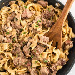 pan of beef stroganoff
