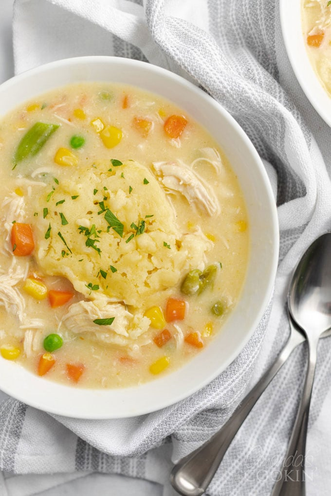 close up bowl of chicken and dumplings