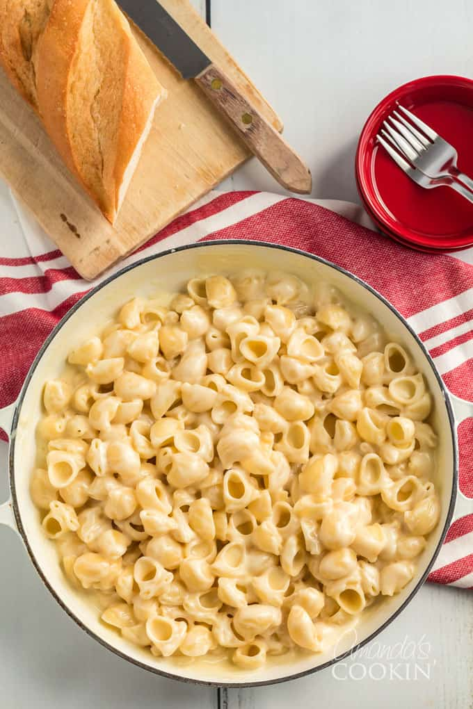large pot with panera mac and cheese recipe