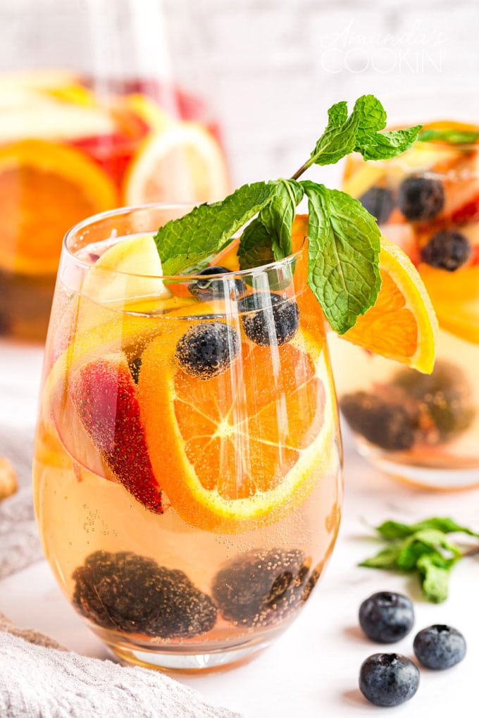 glass of white moscato sangria