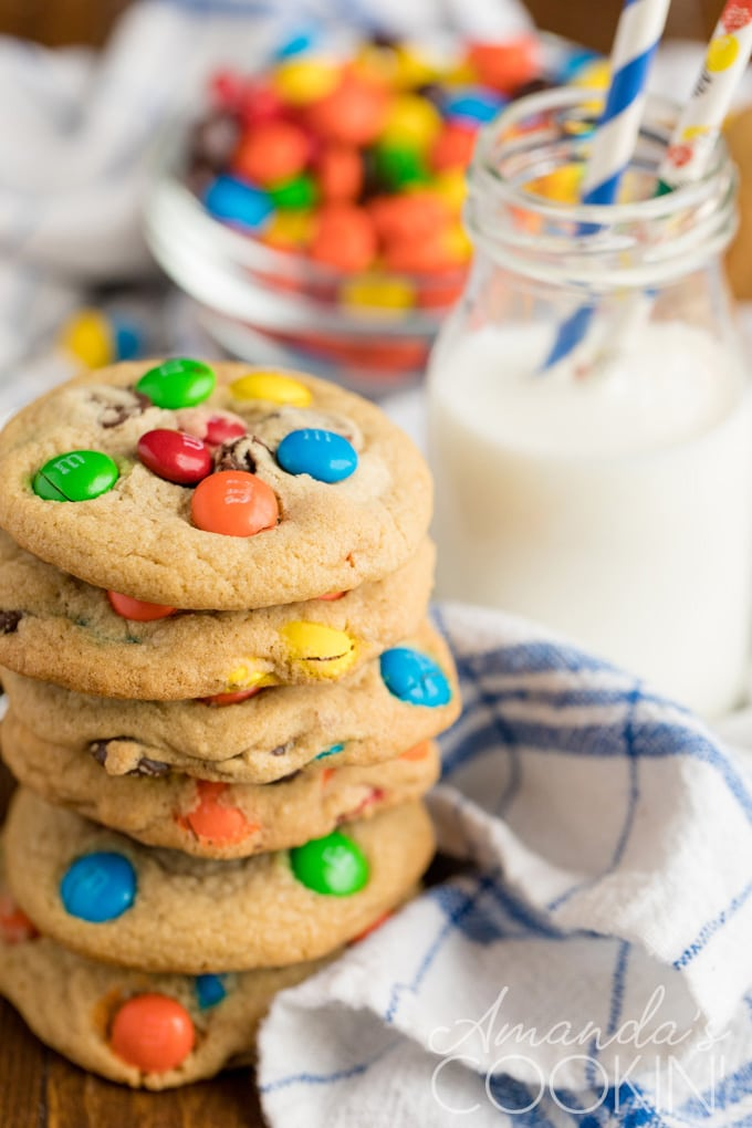 m&m cookies with milk