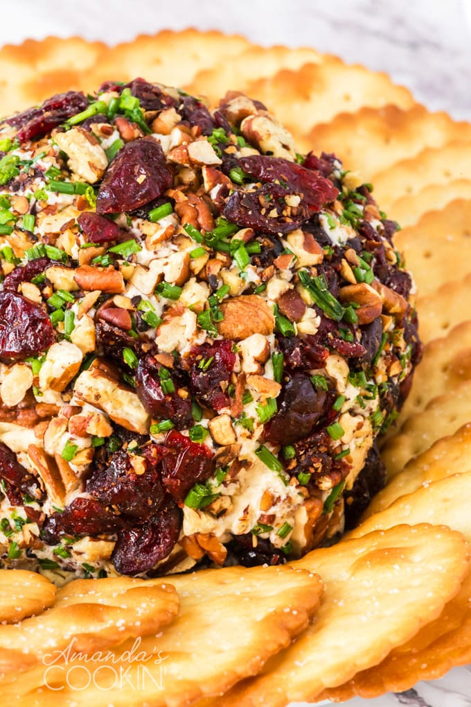 cranberry cheese ball with crackers