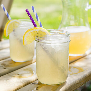 2 mason jar glasses of Lynchburg Lemonade