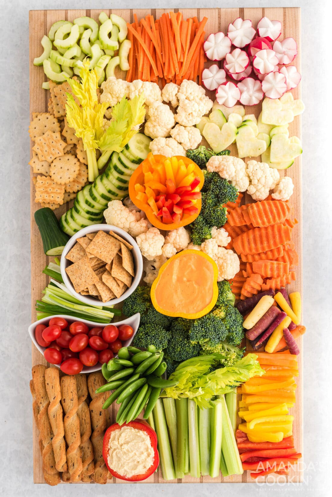 tray of decorative vegetables